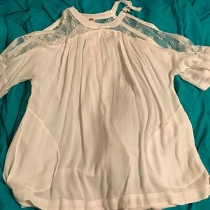 Free People BRAND NEW Top With Bare Shoulders